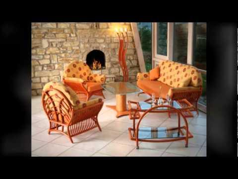 Natürliche Wohnzimmermöbel aus Rattan: Korbsessel, Sofas und Garnituren
