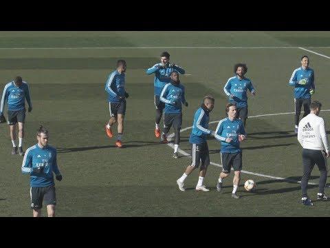 نجوم ريال مدريد الإسباني في التدريبات استعدادا لقمة الكلاسيكو