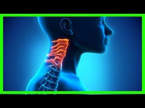 Dolor en la región lumbar y el cóccix tira de los músculos de la pantorrilla