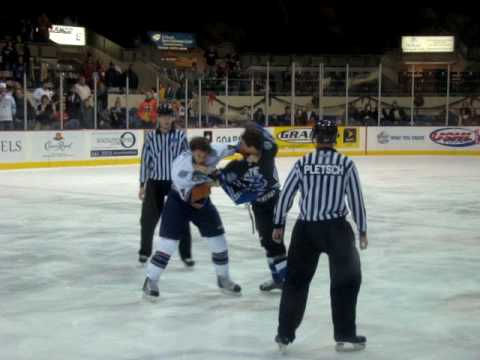 Anthony Bitetto vs. Brent Tate