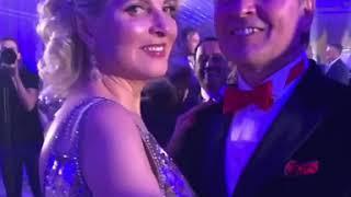 Александр и Эмма Малинины танцуют на юбилее