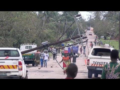 العرب اليوم - شاهد: تأثير الإعصار كينيث على شوارع شمال موزمبيق