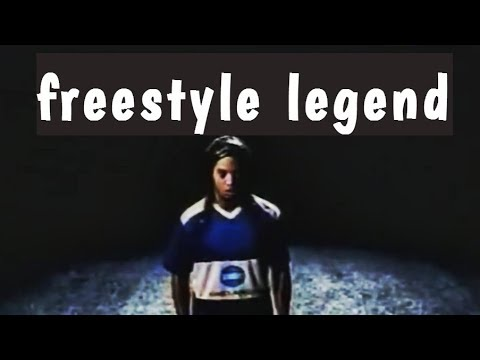 Ronaldinho Gaucho. Freestyle LEGEND [by nitter]
