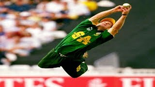 JONTY RHODES ●TOP 5 ● IMPOSSIBLE CATCHES (Best Fielding Skills In Cricket [EVER]) (HD)