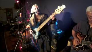 Rebecca Johnson Band *LOVE THE ONE YOU`RE WITH* (RE-MIXED) Live @ The Manly Fig (27/5/16)