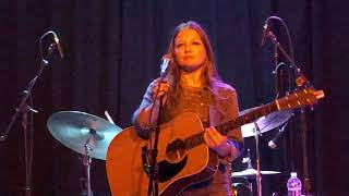 Kelsey Waldon covers Bill Withers' Heartbreak Road 3/3/18
