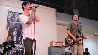7 Black Roses - Chicosci (Live @ Circle C Mall)