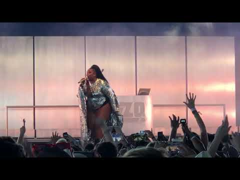 Lizzo - Cuz I Love You- Coachella 2019 Weekend 1 - Chad