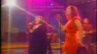 "The Wilsons  ""Monday Without You"" 1997 - Live"