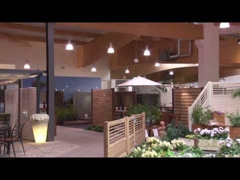 Holzpflege: Holz-Terrasse und Gartenmöbel pflegen