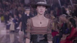 Christian Dior Cruise 2019 - Video Youtube