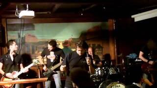 Curb Nickelback Tribute - Yanking Out My Heart live@Dakota Pub 30.09.2011.m4v