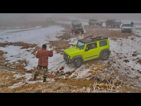 Suzuki Jimny и 27 внедорожников в безумной битве сквозь снежные перемёты (ч.1) - Ищем масленицу!