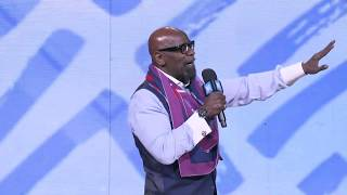 Chris Gardner - Keynote: Somewhere in the World - WE Day Illinois 2018