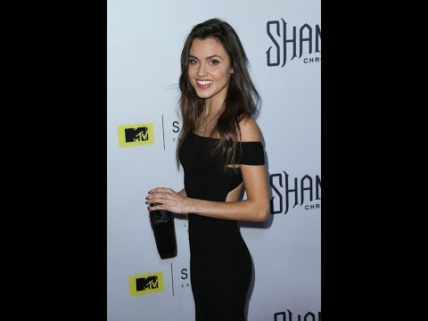 10 sexy Poppy Drayton HD Photos in Under 60 Seconds