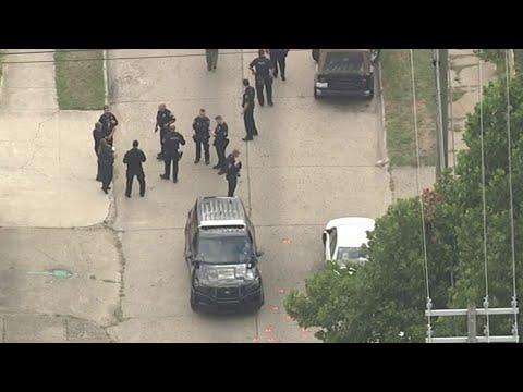 Officer injured on Detroit's west side