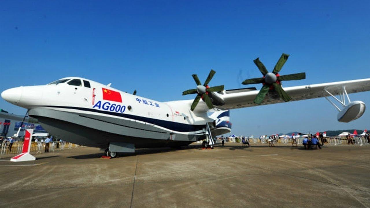 Самый большой в мире самолет-амфибия совершил первый полет
