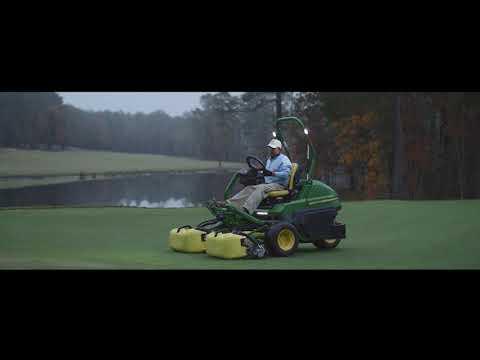 John Deere 2750E green sitteklipper - film på YouTube