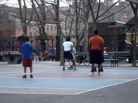 NYC2013-Soho-StreetBasket-1