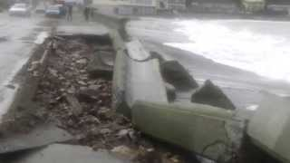 preview picture of video 'Damage to the Esplanade sea-wall at Island Bay June 21 2013'