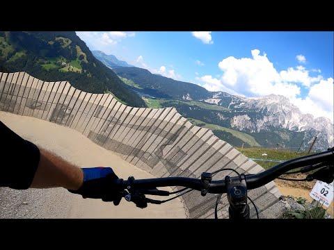 <!--:cs-->Bikepark Leogang 2020 Flying Gangster<!--:-->