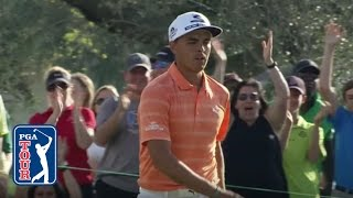 Rickie Fowler excites the crowd on No. 12 at Honda