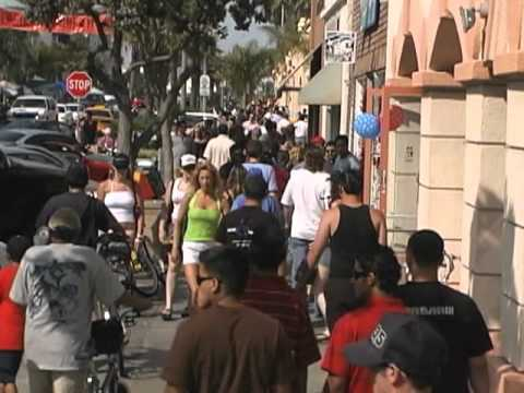 Video Downtown Huntington Beach, California