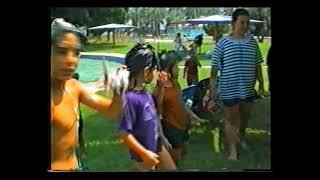 קיץ 1994 בבריכה - פעילות מים בחופש הגדול בחינוך הבלתי פורמאלי אשדות יעקב מאוחד(1 סרטונים)