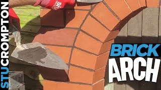 Bricklaying - Building Brick Arch Feature