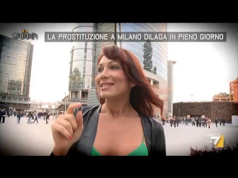 Prostitute a Milano in pieno giorno, forze dell'ordine indifferenti