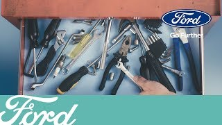 Hoe open en sluit je de motorkap van jouw Ford op de juiste wijze?