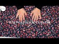 Se produktvideoen til Fast viscose-twill med små blomster - navy på YouTube