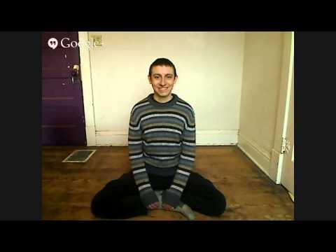 hqdefault - Este tipo sube videos suyos a youtube de 4 horas sentado y sonriendo