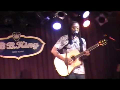 Whenever - Les July Live @ BB Kings (Opening for Todd Rundgren)