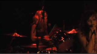 The Donnas - Wasted