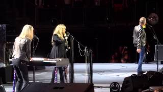 Fleetwood Mac with Christine McVie - Don't Stop, London O2 Sept 25th 2013