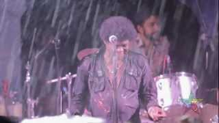 Charles Bradley & His Extraordinaires- The World (OFFICIAL UTOPiAfest 2012)