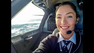Девушка за штурвалом самолёта: Звезда Инстаграма пилот Эмили рассказала о работе под небесами
