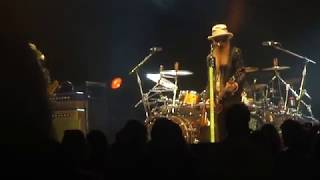ZZ Top- Gimme All Your Lovin' @ Chevy Court