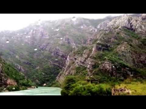 Bussing through the Dinaric Alps in Bosn