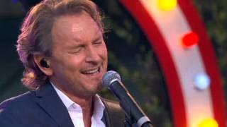 Tomas Ledin - Lika hopplöst förälskad (Allsång på skansen 2012)