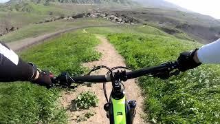 Windy downhill ride at Raptor Ridge.