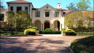 Modern Mediterranean Estate / Debra Johnston / Atlanta