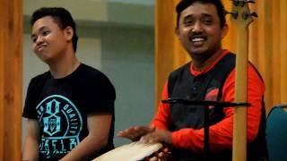 preview picture of video 'Aksi Panggung Smansa Voice & Teras Balada Parepare - Kab. Soppeng'