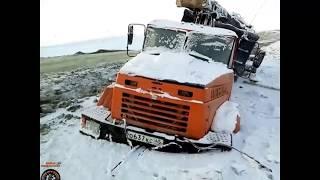 Мастерство и безбашенность водителей тяжелой техники на севере России #6 great r
