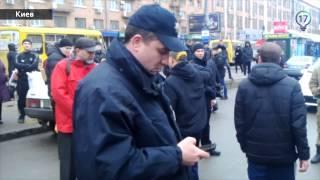 Полиция избивает участника АТО