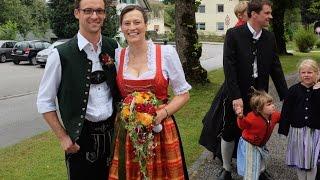 Bavarian Black Forest Wedding • Marriage In Dirndl And Lederhosen • Trachtenhochzeit