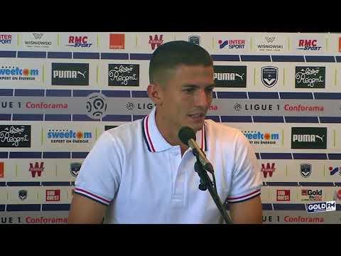 Sergi Palencia face à la presse