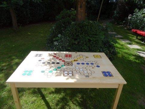 Mensch ärgere Dich nicht Spieltisch einmalig!