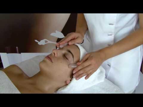 Les masques contre la sécheresse de la peau sur la personne